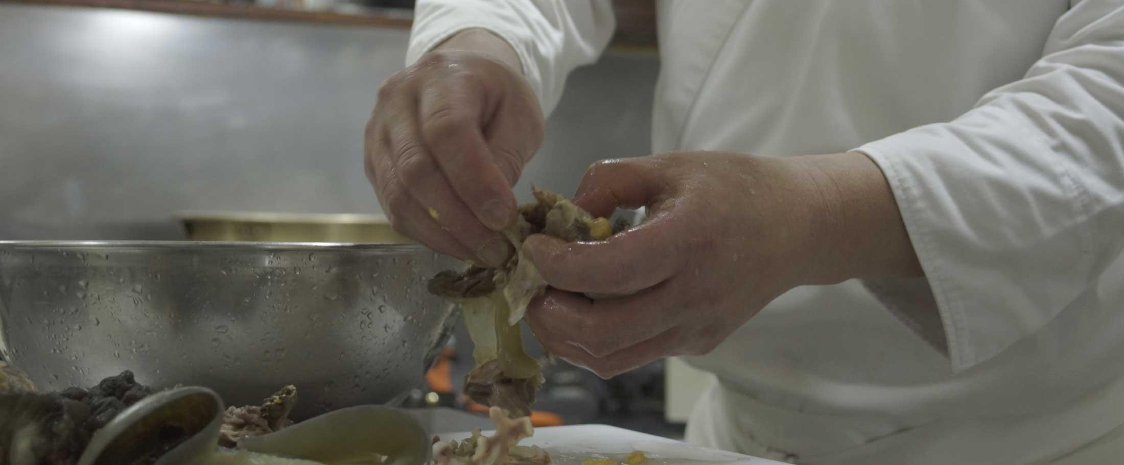 日本食料理人のすっぽんスープ